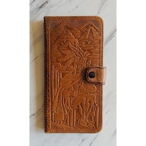 •Vintage• Mayan Embossed Genuine Leather Wallet